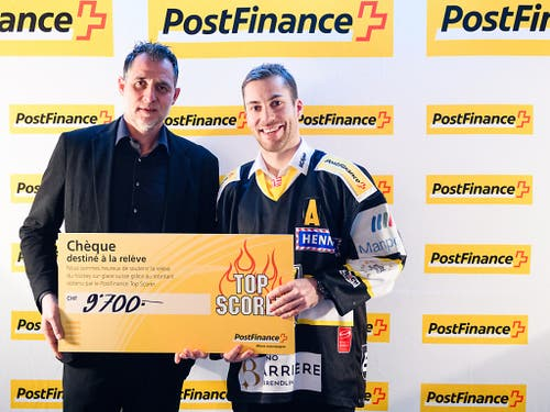 Philip-Michael Devos (rechts) führt als Vorjahressieger in der Swiss League die Skorerliste bereits wieder an (Bild: KEYSTONE/PPR/MANUEL LOPEZ)