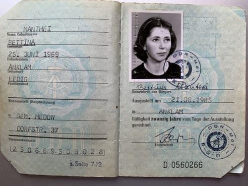 Der Personalausweis von Bettina Badenhorst (ledig Manthei). (Bild: Zur Verfügung gestellt)