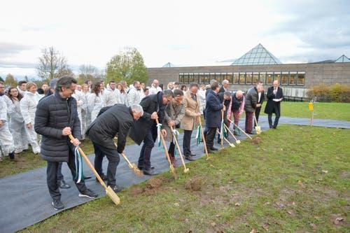 Der Spatenstich ist gemacht: Noch in diesem Jahr soll mit dem Bau des Learning Centers begonnen werden.