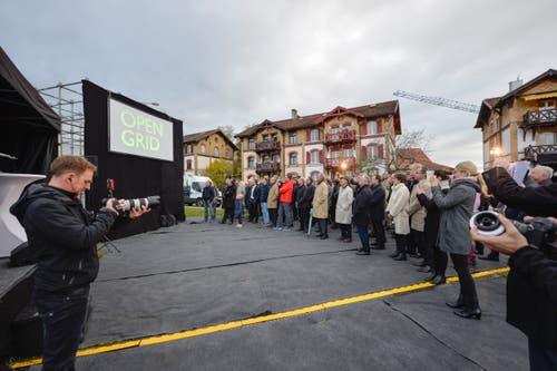 Der Spatenstich für «Open Grid», das Learning Center an der HSG, lockte zahlreiche Gäste auf den Baugrund an der Guisanstrasse 20.