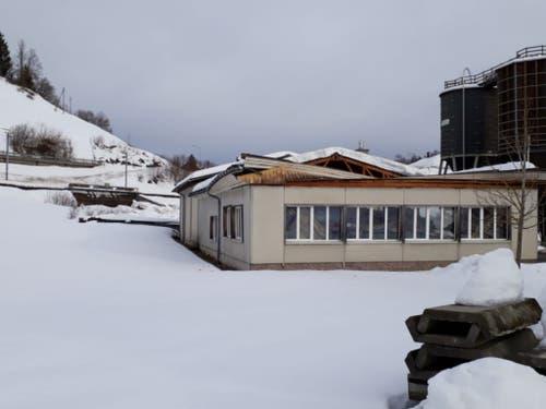 Beim Einsturz eines Dachs im kantonalen Werkhof in Urnäsch sind keine Menschen zu Schaden gekommen. (Bild: Departement Bau und Volkswirtschaft Appenzell Auserhoden)