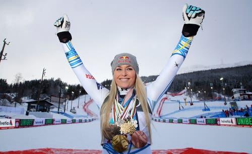 Lindsey Vonn verabschiedet sich vom Skizirkus. (Bild: Marco Trovati / AP)