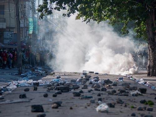 Bei Protesten in Haiti ist erneut ein Mensch getötet worden. (Bild: KEYSTONE/EPA EFE/JEAN MARC HERVE ABELARD)