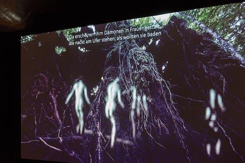 Im Film über die Gallus-Legende mit der Stadtgründung St.Gallens vertreibt der Mönch Gallus die nackten Dämonen in Frauengestalt.