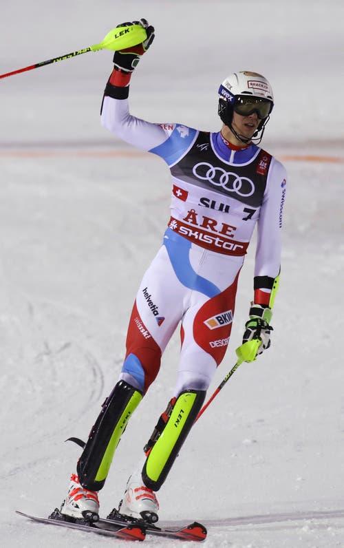 Ramon Zenhäusern nach der Ankunt im Ziel. (Bild: Alessandro Trovati/AP)