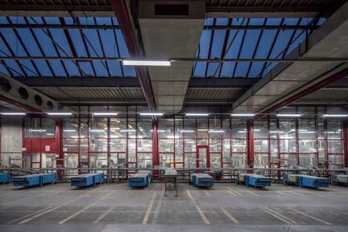 Es werden noch Mieter gesucht: Die Wirtschaftsförderung Luzern hat Interessierte eingeladen sich in den zum Teil noch leerstehenden Räumlichkeiten der ehemaligen Druckerei in Adligenswil umzusehen.