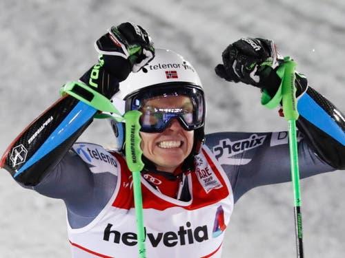 Henrik Kristoffersen gewinnt seine erste WM-Medaille - und es ist gleich die Goldene (Bild: KEYSTONE/EPA/VALDRIN XHEMAJ)