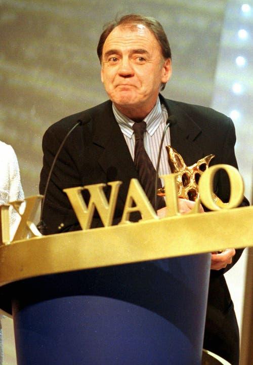 Bruno Ganz gewann am Samstag, 6. März 1999, in Glattbrugg den Prix Walo in der Sparte Schauspieler. (Bild: Keystone)