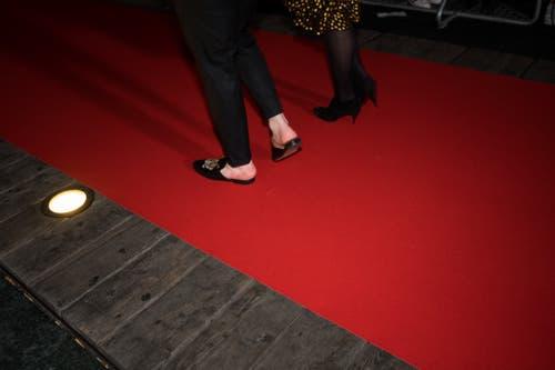 Baschis Schuhe auf dem Roten Teppich. (Bild: Roger Grütter (Luzern, 16. Februar 2019))