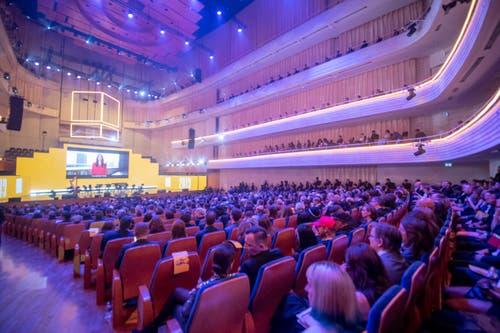 Der Konzertsaal ist heuer Austragungsort der glamourösen Verleihung. (Bild: KEYSTONE/Urs Flueeler)