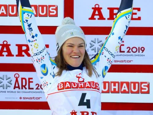 Dank dem Slalom-Silber von Anna Swenn Larsson hat nun auch der Gastgeber aus Schweden eine Medaille (Bild: KEYSTONE/AP/MARCO TROVATI)