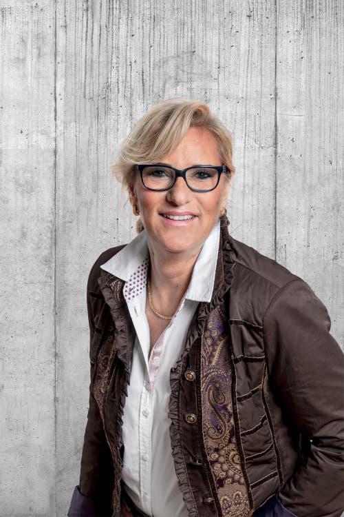Karin Julia Stadlin, 61, Herlisberg.