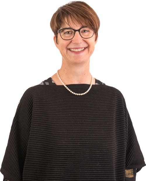 Gerda Jung (bisher), 49, Hildisrieden.