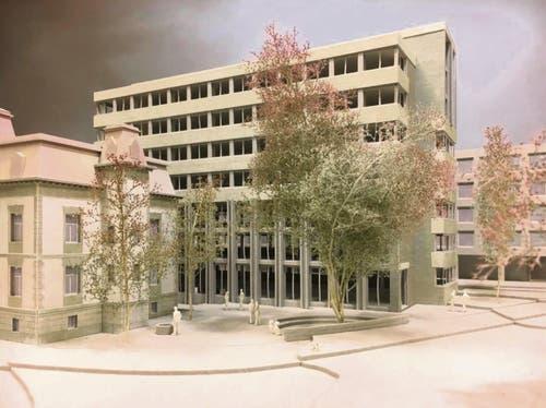 Die Villa Wiesental samt Büroneubau von der Verzweigung Rosenberg- und St.-Leonhard-Strasse her...