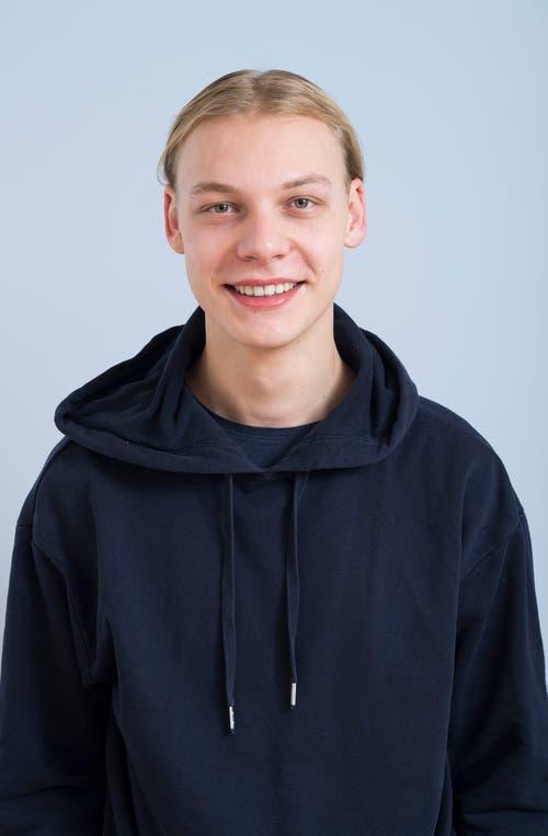 Dennis Bucher, 18, Gunzwil.