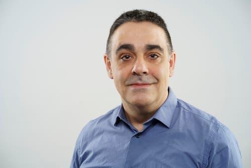 Jesús Turiño, 52.