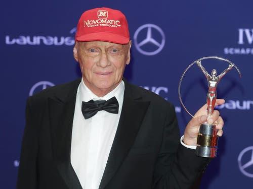 Die rote Kappe ist zum Markenzeichen geworden von Niki Lauda (Bild: KEYSTONE/EPA DPA/JOERG CARSTENSEN)
