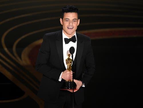 Rami Malek erhält den Oscar für seine Darstellung von Freddie Mercury im Film «Bohemian Rapsody». (Photo by Chris Pizzello/Invision/AP)