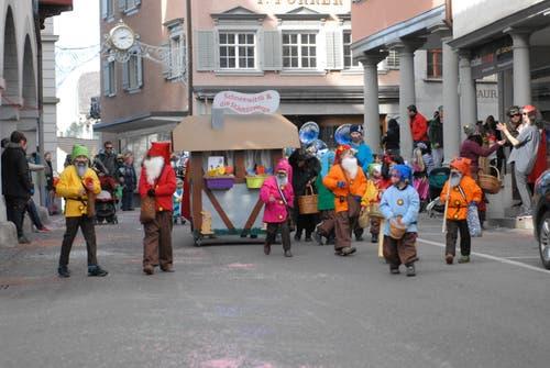 Der Fasnachtsumzug in Lichtensteig gehörte den Kindern. (Bild: Christiana Sutter, 24. Februar 2019)