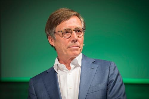 2012 nahmen die Ehren-Föbüs Kurt Weigelt, den ehemaligen Direktor der Industrie- und Handelskammer St.Gallen-Appenzell, in ihren Kreis auf. (Bild: Urs Bucher)