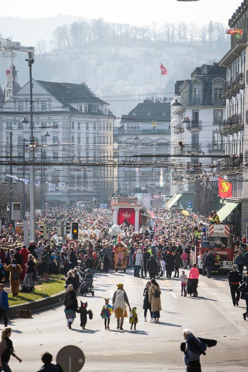 Am Schweizerhofquai in Luzern. (Bild: Manuela Jans-Koch)