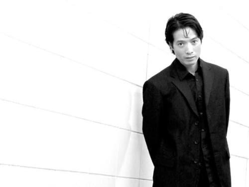 Kinsun Chan übernimmt auf die Spielzeit 2019/2020 die Leitung der Tanzkompanie am Theater St. Gallen. Zurzeit ist er daran, seine neue «Mannschaft» zusammenzustellen. (Bild: Theater St. Gallen)