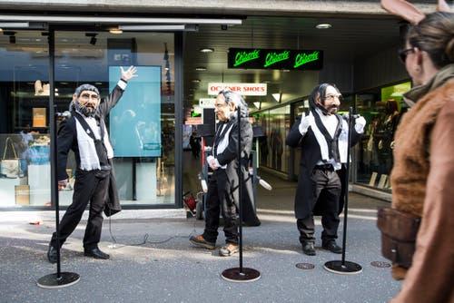 Die drei Tenöre an der Fasnacht in Luzern. (Bild: Manuela Jans-Koch)