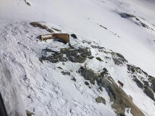 Das Biwak wurde durch die Lawine völlig zerstört. (Bild: Peter Schwitter)