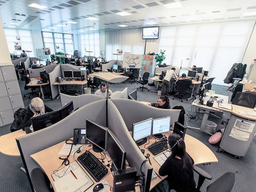 Im Lauf des Jahres 2018 verschwanden bei der Swisscom rund 541 Vollzeitstellen. (Bild: KEYSTONE/GAETAN BALLY)
