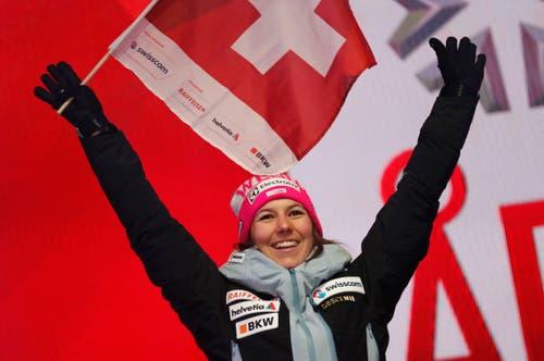 ... und freut sich über den Triumph. (Bild: Gabriele Facciotti / AP)