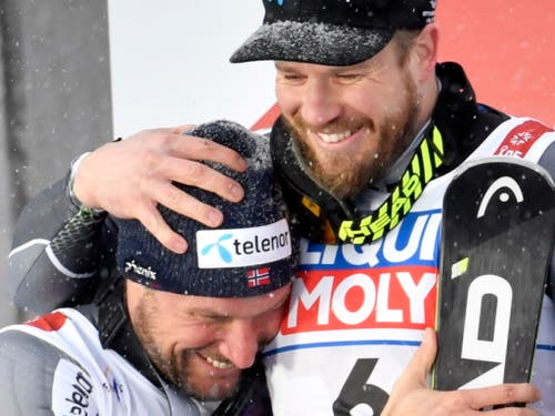Kjetil Jansrud (rechts) freut sichmit Kollege Aksel Lund Svindal (Bild: KEYSTONE/EPA TT NEWS AGENCY/ANDERS WIKLUND)