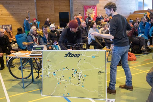 Die Organisatoren wurden vom Andrang völlig überrascht. (Bild: Boris Bürgisser, Stoos, 9. Februar 2019)