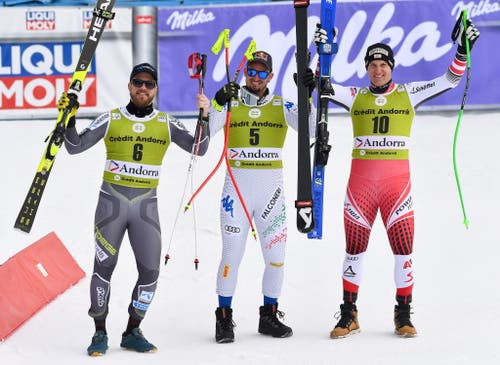 Das letzte Podest der Saison: Dominik Paris (Mitte) gewinnt vor Kjetil Jansrud (links) und Otmar Striedinger. (Bild: EPA/CHRISTIAN BRUNA)