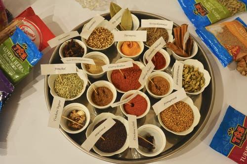 Zum Kochkurs gehört eine kleine indische Gewürz- und...