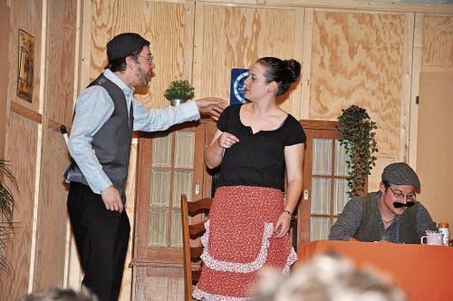 Es gab viel zu bereden zwischen Mann und Frau auf der Bühne.
