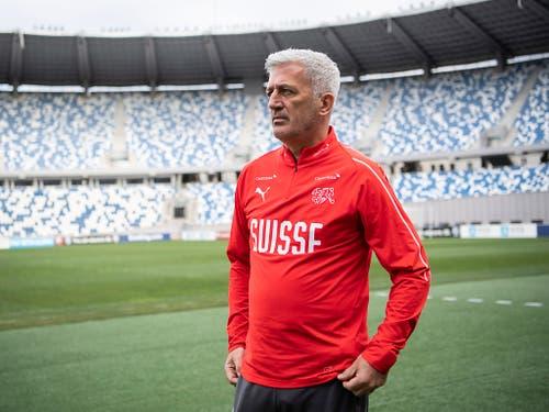 Der Nationalcoach attestiert dem ersten Gegner in der EM-Qualifikation einen russischen Stil mit brasilianischen Elementen (Bild: KEYSTONE/ENNIO LEANZA)