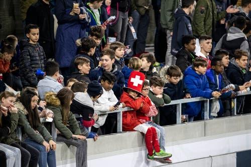 Zuschauer im Stadion Kleinfeld. (Bild: Alexandra Wey / Keystone, Kriens, 22. März 2019)