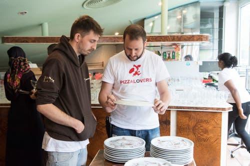 Ausverkauf in der ehemaligen Pizzeria Boccalino. (Bild: Sandro Zulian - 6. Dezember 2017)