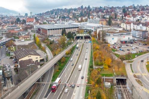 So sah die Autobahn in der Stadt St.Gallen bisher aus. Doch bald... (Bild: Urs Bucher)