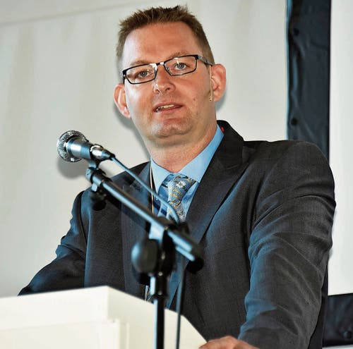 Präsident Peter Nüesch führte gut durch die Delegiertenversammlung.