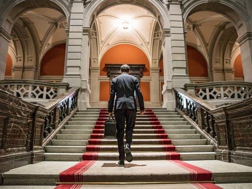 1. Preis Schweizer Geschichten: 1. Preis Schweizer Geschichten: Ein Blick auf das Zentrum der Macht. (Bild: Nicolas Brodard für «Le Temps»)
