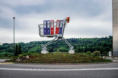 3. Preis Alltag: Kreiselschmuck im Berner Seeland. (Bild: Matthias Käser für «Bieler Tagblatt»)