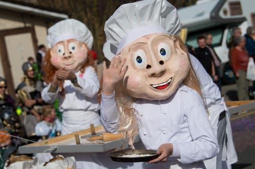 Die Lettentruppe Adligenswil versüsst mit dem Motto «Bäcker und Cupcakes» den Umzug in Littau. (Bild: Boris Bürgisser, Littau, 3. März 2019)