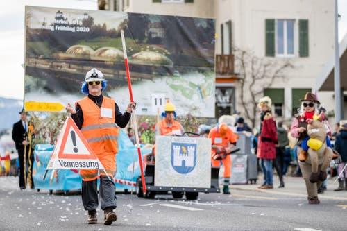 Die Maskengruppe Oberländer Quartierverein mit dem Motto «Beste und attraktivste Gemeinde mit Seestrasse für d Megger». (Bild: Philipp Schmidli, Meggen, 3. März 2019)