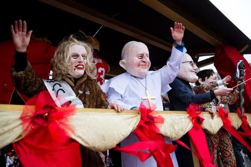 Jubiläumsparade 200 Jahre MLG mit den Chappelgnome Lozärn, Nostradamus Lozärn und der Maskenliebhaber-Gesellschaft der Stadt Luzern (MLG) am Wey-Umzug am Montag, 4. März 2019 in Luzern.