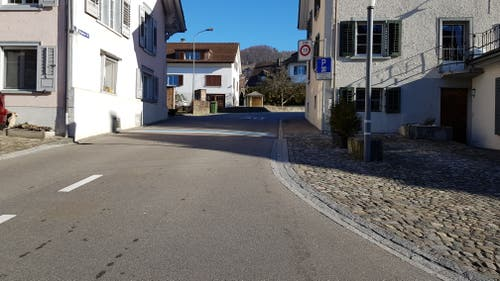 Nach der Bahnhofstrasse folg man der Magdenaustrasse.