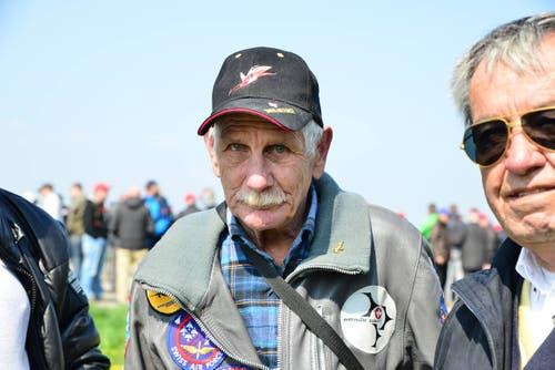 Martin Hauser ist für die Demonstration des Eurofighters aus Gümligen (BE) angereist. (Bild: Samuel Schumacher)