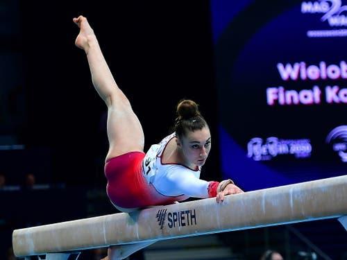 Pech für Ilaria Käslin: Die Tessinerin schrammte einmal mehr in einem Schwebebalkenfinal nur knapp an einer Medaille vorbei (Bild: KEYSTONE/EPA PAP/MARCIN BIELECKI)
