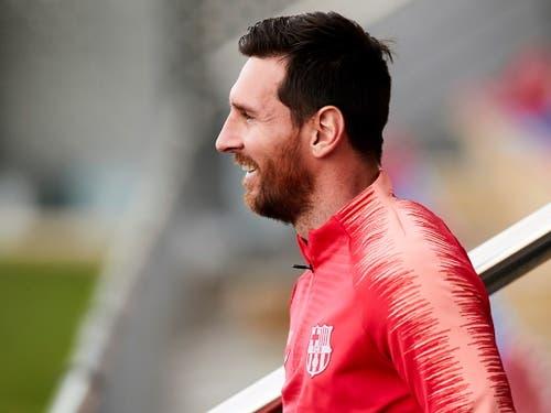 Nach der Verletzung im Hinspiel nun wieder gut gelaunt: Lionel Messi im Training am Montag (Bild: KEYSTONE/EPA EFE/ALEJANDRO GARCIA)