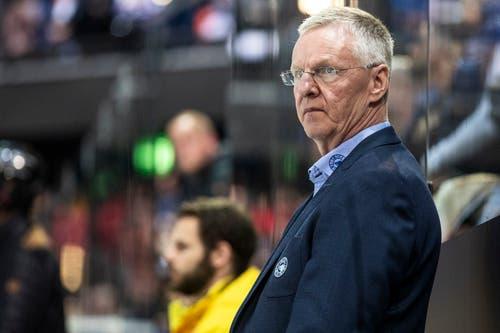 SC Bern Cheftrainer Kari Jalonen während dem vierten Eishockey Playoff-Finalspiel der National League zwischen dem EV Zug und dem SC Bern. (Bild: KEYSTONE/Alexandra Wey)